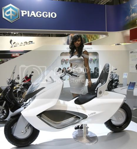 piaggio usb 1 Piaggio USB: hybrid motor with 2 wheels after Piaggio MP3